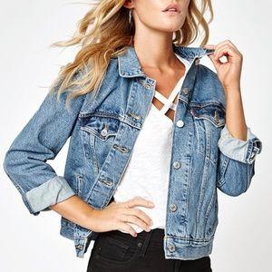 VTG Women's Levi's Trucker Jacket, M